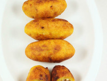 unnakaya or stuffed plantain