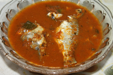 spicy fish curry made in a clay pot