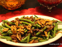 beans with caramelized shallots and walnuts