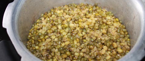 cooked mung bean