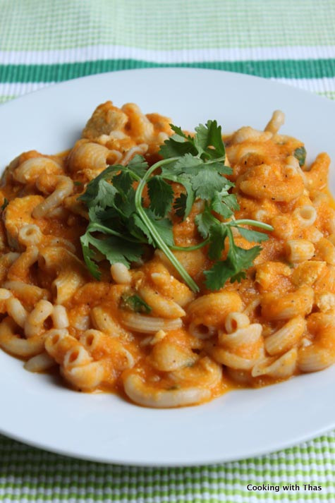 chicken-pasta in carrot sauce
