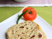 Aloo paratha or potato roti