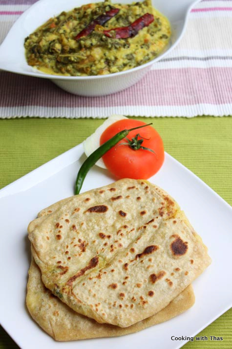Aloo paratha or mashed potato flat bread cooking with thas forumfinder Image collections