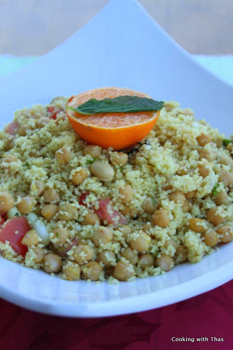 couscous-chickpeas salad