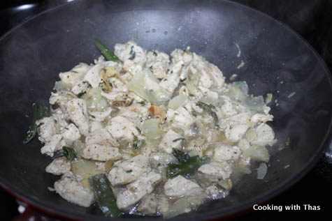 making-basil-chicken