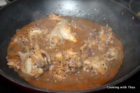 making-chicken-tamarind sauce