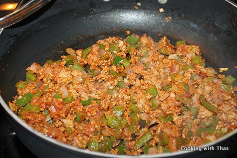 making-kothu-chapati