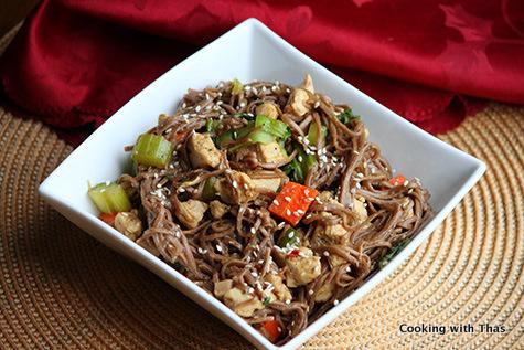 chicken-soba noodle stir fry