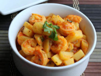 easy shrimp and potato curry-001