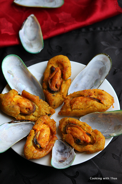 Arikadukka or stuffed mussels