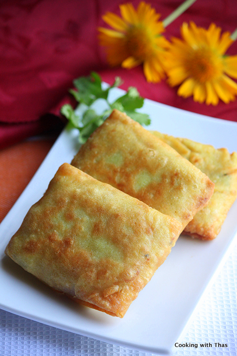 fried coconut crepe with chicken filling