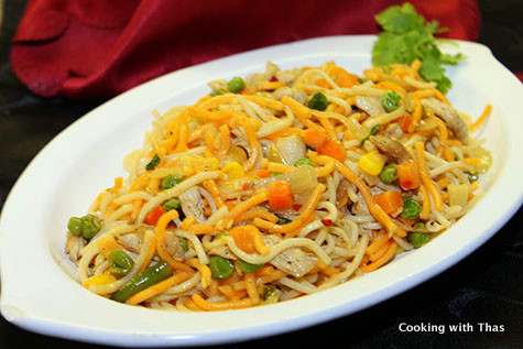 Chicken chow mein noodles recipe cooking with thas chicken chow mein noodles forumfinder Image collections