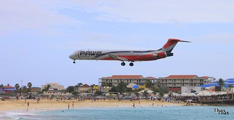st Martin flight landing