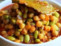 Edamame and chick peas stew