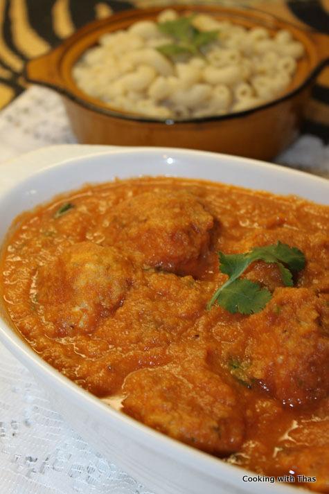 chicken balls in-cauliflower sauce