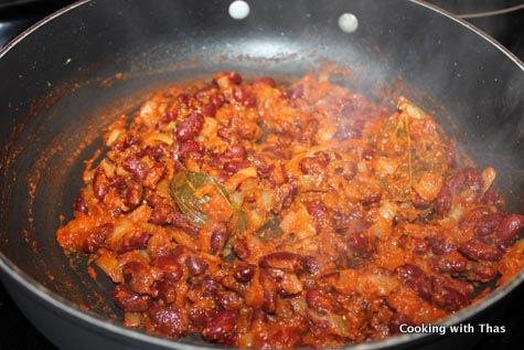 making rajma curry