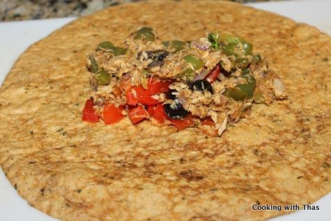 wrapping tuna in tortilla