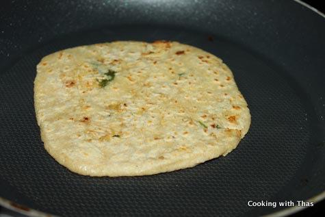 cooking chicken stuffed chapati
