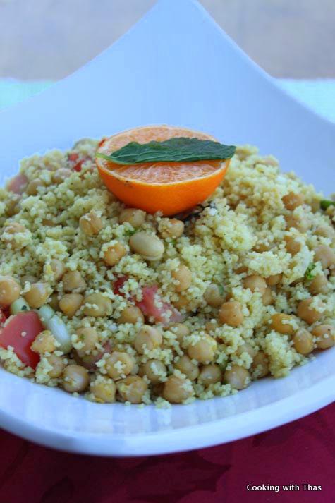 couscous-chickpeas salad
