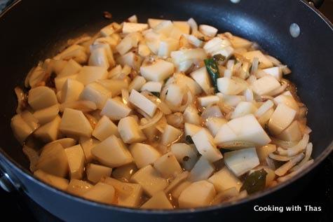 making-potato-stew