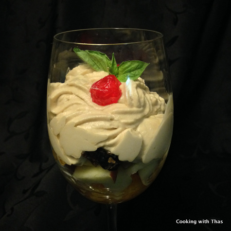 Cappuccino mousse and fruits