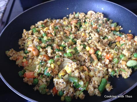 making-oats upma