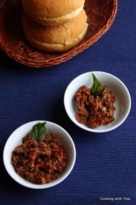 olive and sun dried tomato pesto