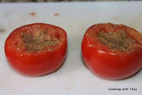 tomatoes stuffed with cauliflower