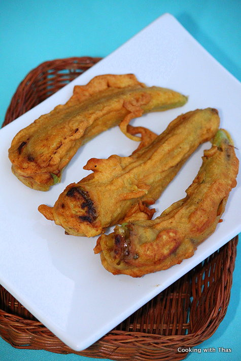 chicken-stuffed mulaku bhaji