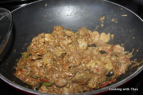 making chicken liver stir fry