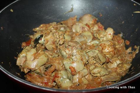 making-chicken liver stir fry