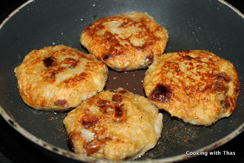 pan frying banana dates cutlet