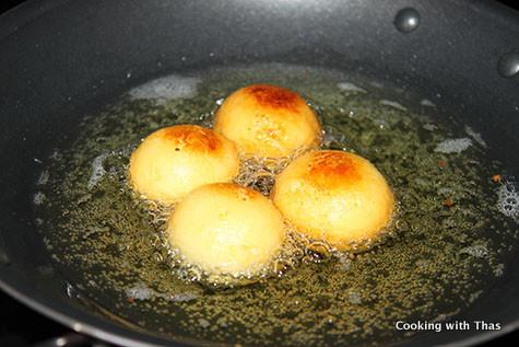 frying-gulab jamun