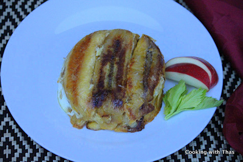 plantains stuffed with apples and coconut