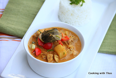 Aromatic chicken curry-Thai Style-001