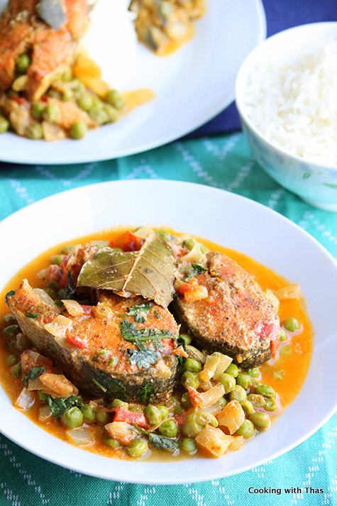 Salmon and Peas curry
