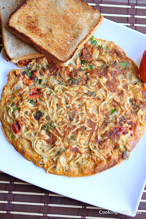 Noodles-Omelette