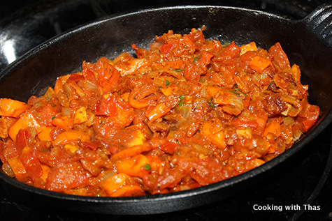 making-shakshuka